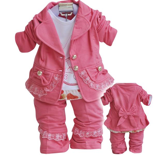 39658a1017e08 صور ملابس أطفال شتوية روعة - أحدث الإزياء شتوية 2013 - أجمل الملابس الشتوية  للصغار