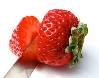 الدراسات الاوروبية الفراولة الفراولة 38189.jpg