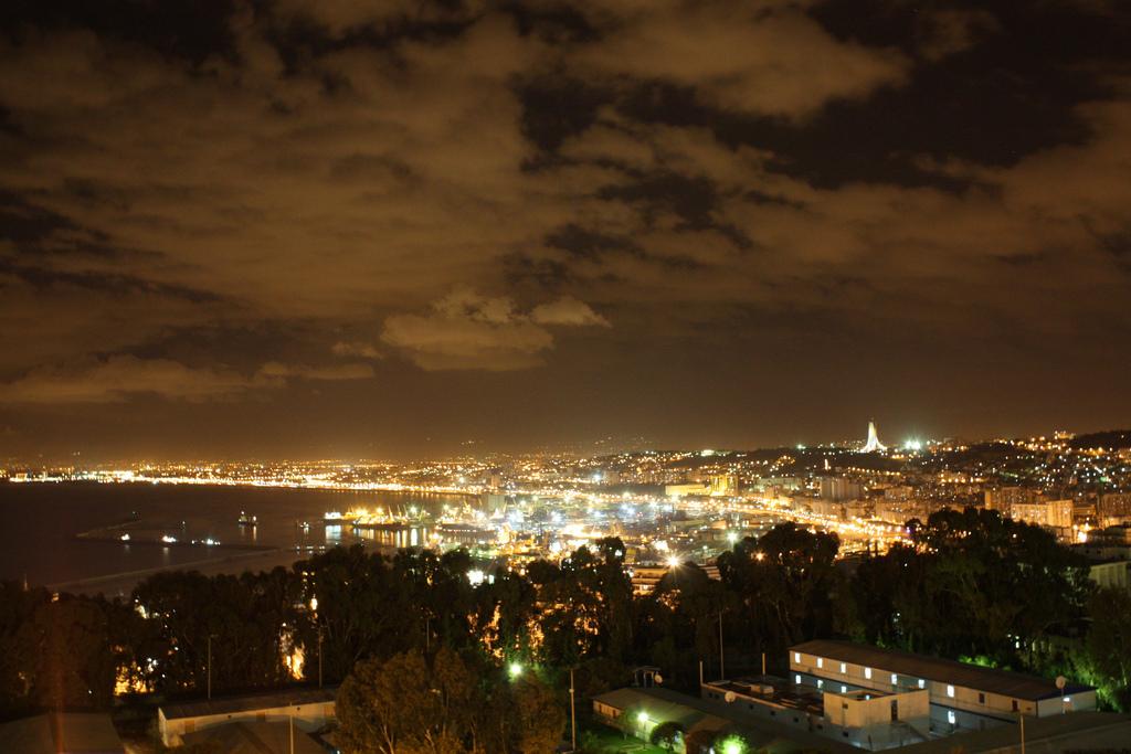 الجزائر العاصمة 65250.jpg