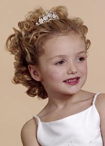 تسريحات شعر للإطفال أنيقة جميلة - تسريحة شعر تجنن روعة متنوعة - بالصورتسريحات شعر للبنوتات لجميع المناسبات 90387.png