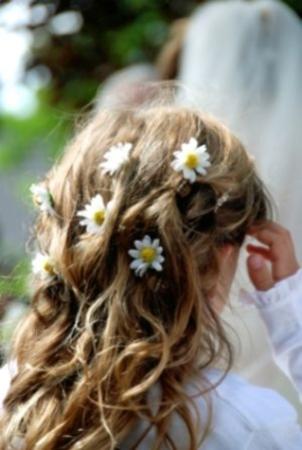 تسريحات شعر للإطفال أنيقة جميلة - تسريحة شعر تجنن روعة متنوعة - بالصورتسريحات شعر للبنوتات لجميع المناسبات 90398.png