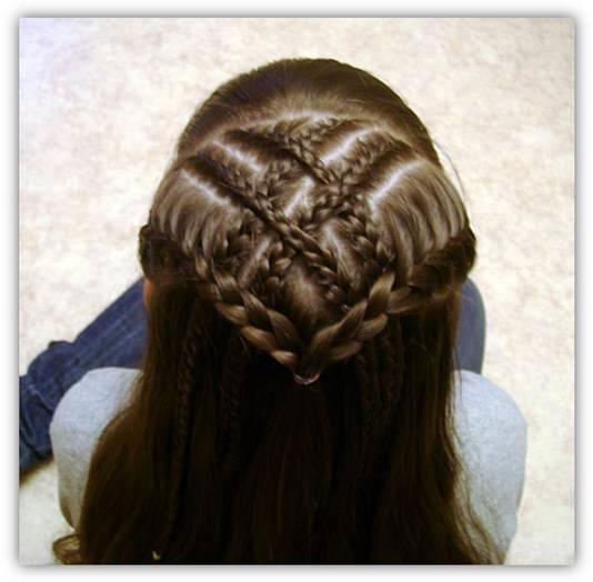 تسريحات شعر للإطفال أنيقة جميلة - تسريحة شعر تجنن روعة متنوعة - بالصورتسريحات شعر للبنوتات لجميع المناسبات 93787.jpg