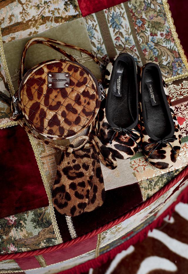 فسيفساء الكنيسةنظارات Dolce&Gabbanaازياء بناتيه لاحدث الموديلاتDolce Gabbana=بنات شتاءمايوهات ولباس البحر