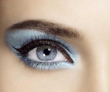 مكياج عيون مميز للصبايا 118148.jpg