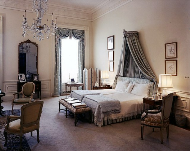 French bedrooms 135882.jpg