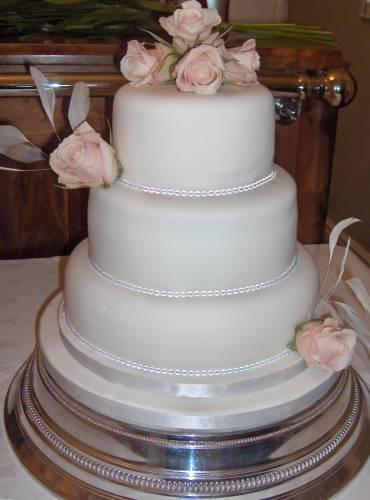 جميلة,simple wedding cakes 185727.jpg
