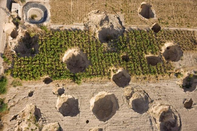 ظاهر حدوث الحفر الإنهدام المخيفة في البحر الميت 275877