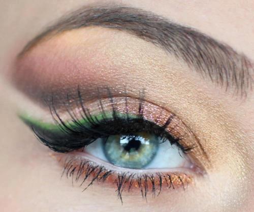 لوكات جديدة ورائعة للعين وطرق رسم وعمل مكياج العيون بالصور 2014 314597.jpg