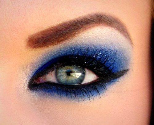 لوكات جديدة ورائعة للعين وطرق رسم وعمل مكياج العيون بالصور 2014 314600.jpg
