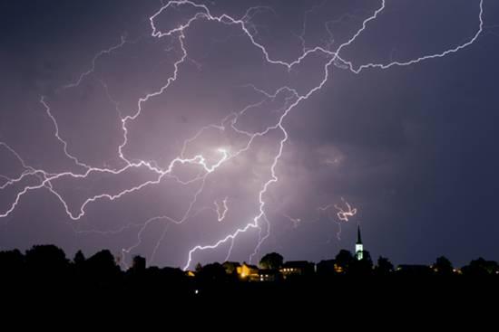 الامطار 371010.jpg