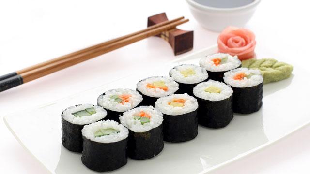 فوائد أكل السوشي !