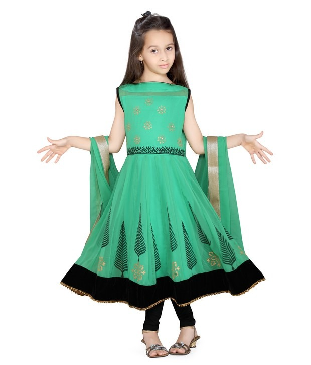 554d68dfda4b6 أزياء هندية للأطفال ستايل هندى جميل للبنات صور أزياء هندية - مجتمع رجيم