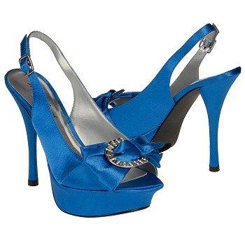 الأحذية 440642.jpg