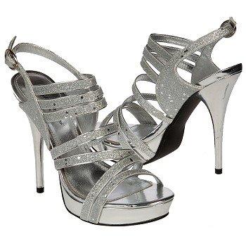 الأحذية 440656.jpg