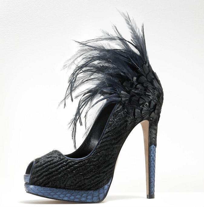 تشكيلة من ارقى الاحذية الماركة موديلات احذية جديدة وحصرية على رجيم 462483.jpg