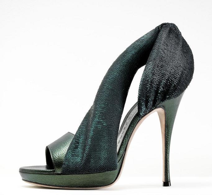 تشكيلة من ارقى الاحذية الماركة موديلات احذية جديدة وحصرية على رجيم 462485.jpg