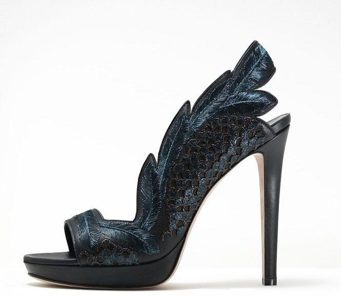 تشكيلة من ارقى الاحذية الماركة موديلات احذية جديدة وحصرية على رجيم 462487.jpg