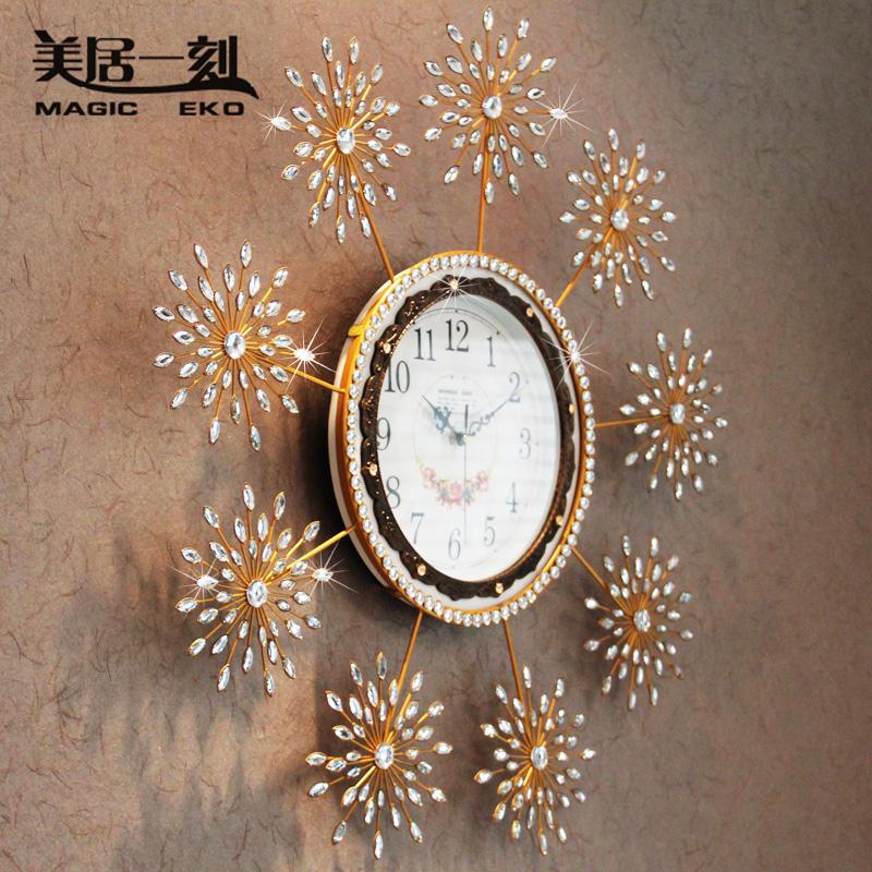 الساعات واستخداماتها الديكوريه 474597.jpg