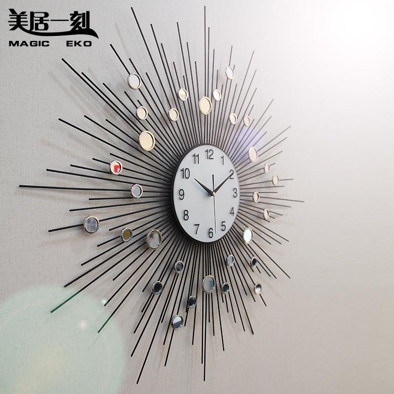 الساعات واستخداماتها الديكوريه 474599.jpg